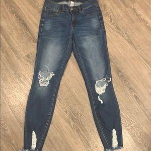Refuge size 4 jeans